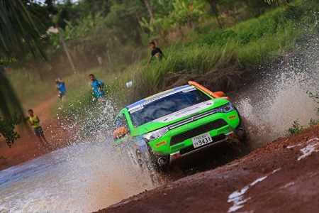 Outlander PHEV - Asia Cross Country Rally 2014